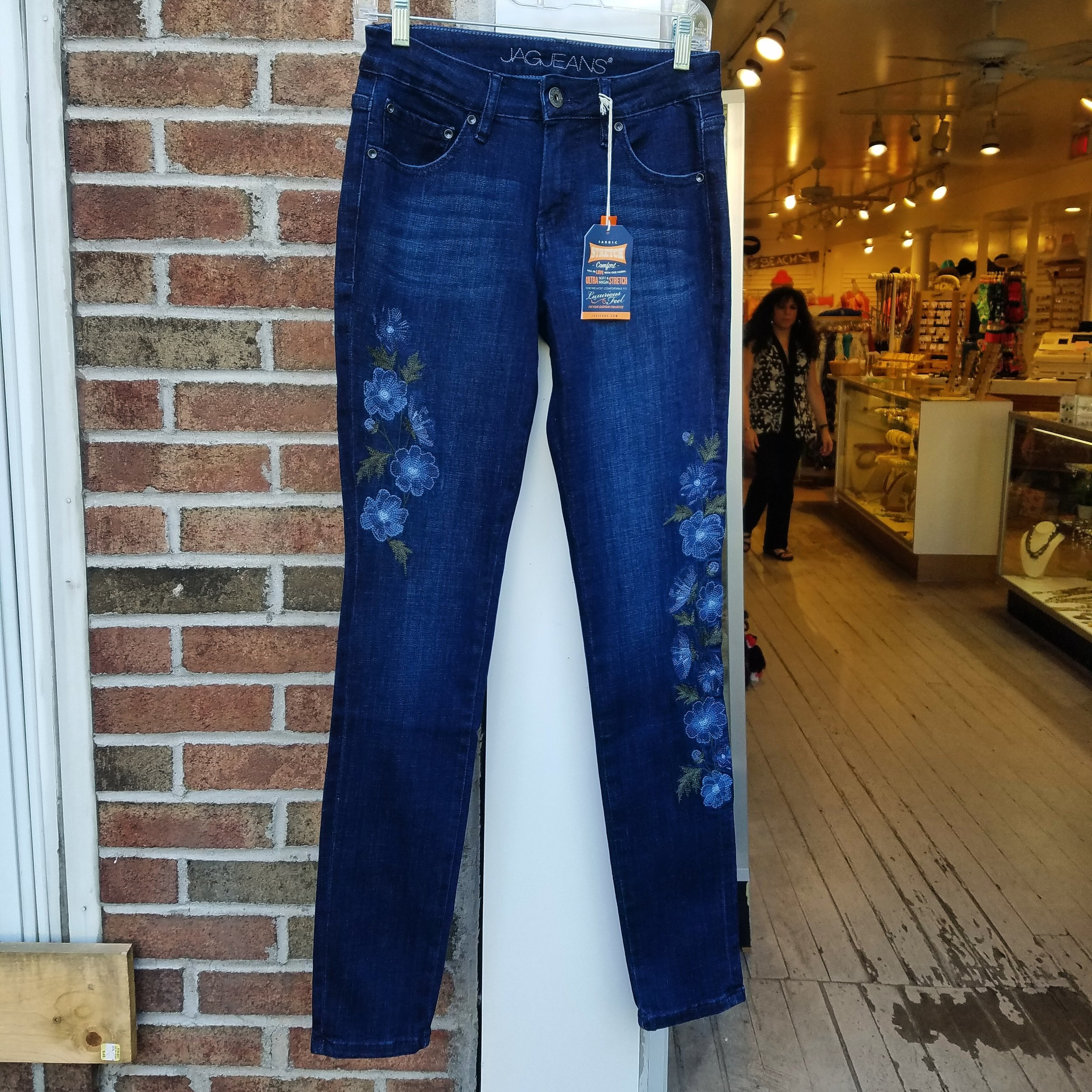 New Sheridan Skinny #jagjeans to transition into Fall!  8/17/18