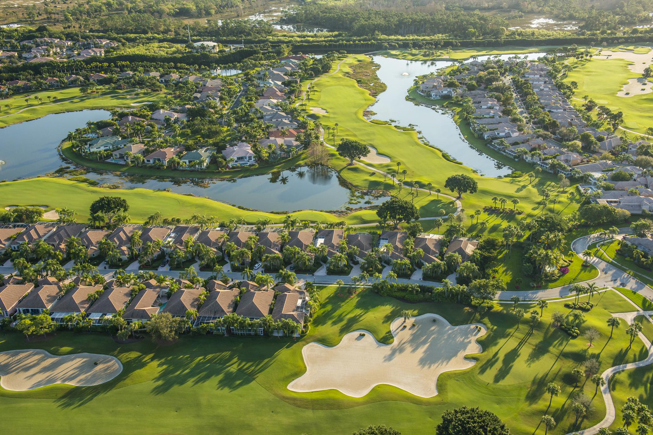 Ein Haus direkt an Fairway #4 ?   Suche Haus am Golfplatz