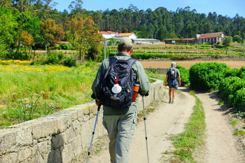 camino portugal walkers.jpg