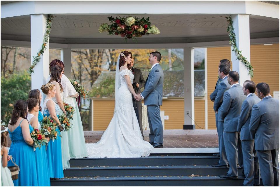 Kamp Weddings_0375.jpg