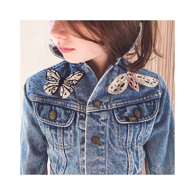 мonday ιn oυr ѕprιng вυттerғlιeѕ 🦋 . . . . . . . . #sidnyc #kids #vintage #denim #embroidery #embroideryart #handmade #ootd #butterfly #oneofakind #custom #minifashion #ministyle #kidsfashion #kidsstyle #nyc #kidsvintage #vintagedenim #handembroidery