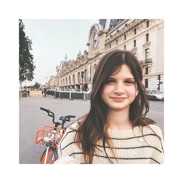 нappy 13тн вday тo тнe cooleѕт gιrl ι wιll ever мeeт . canт вelιeve мy вaвy ιѕn'т a вaвy anyмore. ❤️💋❤️ #thisis13 . . . . . #sidnyc #bday #teenager #13 #iloveyou #paris #earthdaybaby