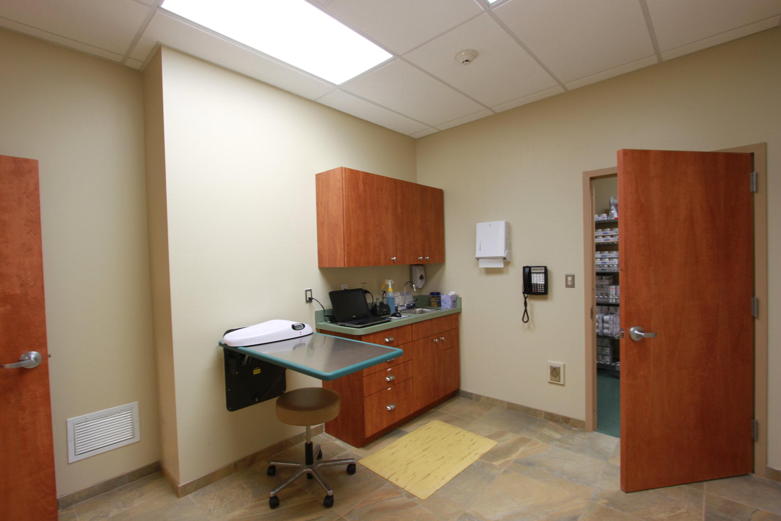 VCA Calvert Veterinary Hospital3.JPG
