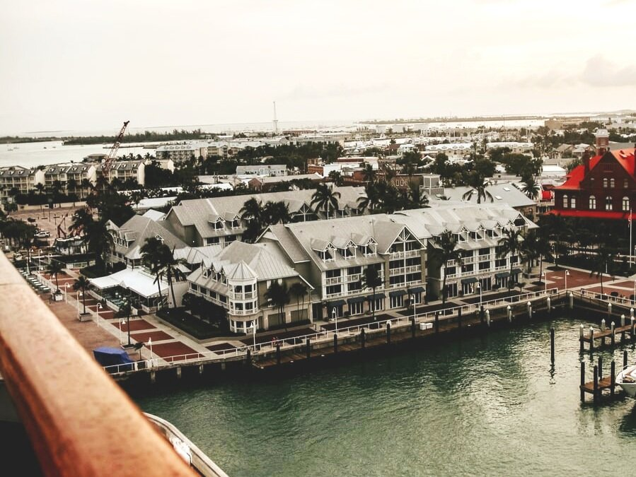 FLORIDA KEYS:  KEY WEST, KEY LARGO, AND EVERYTHING IN-BETWEEN