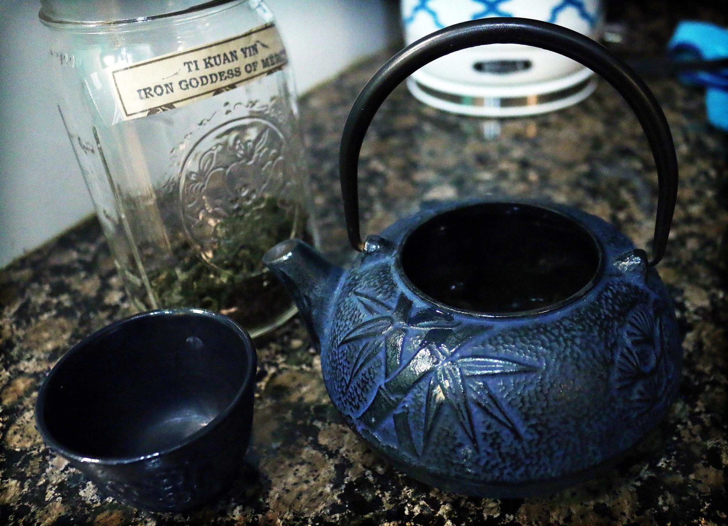 blue tea pot.jpg
