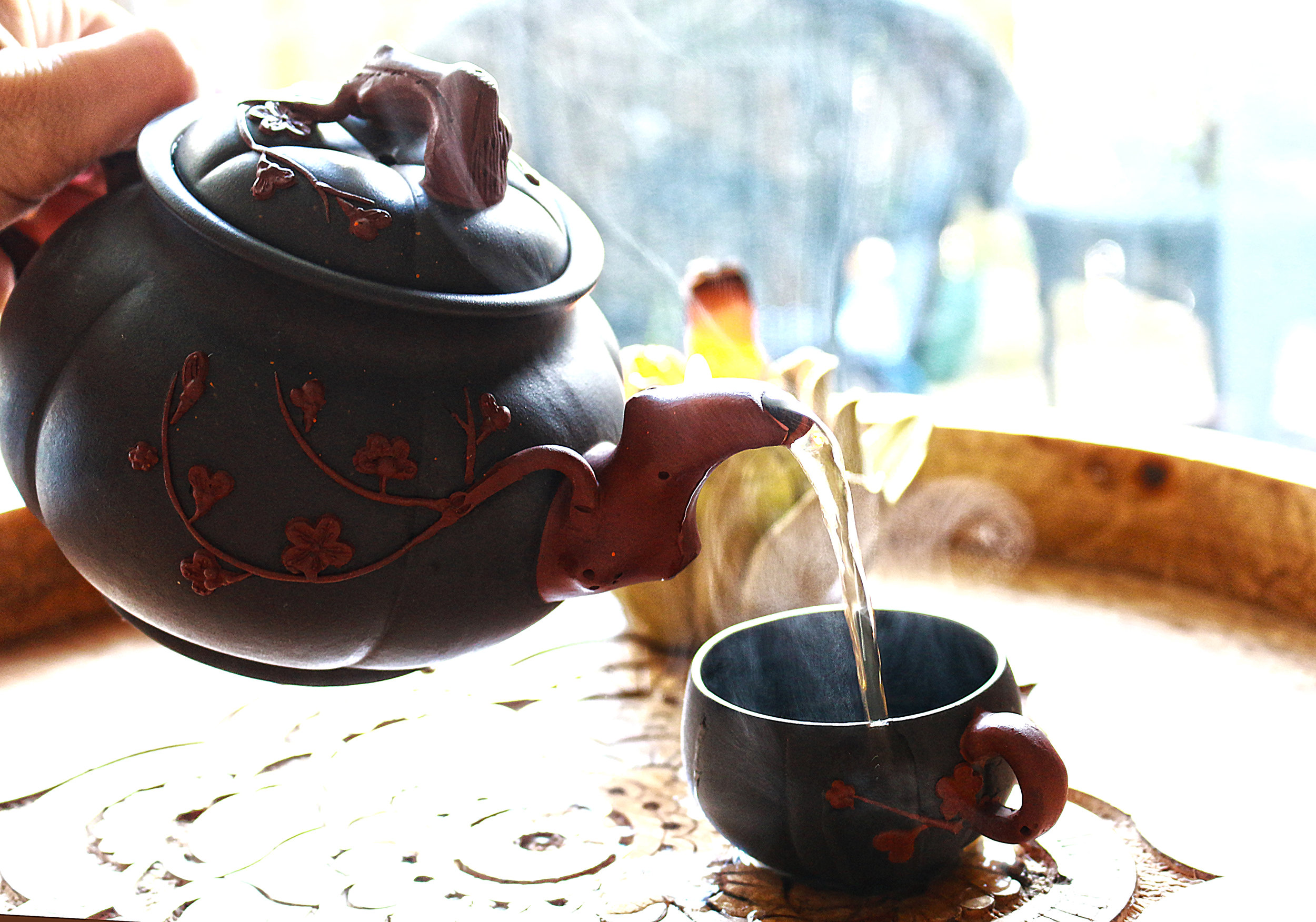 pour tea low res.jpg