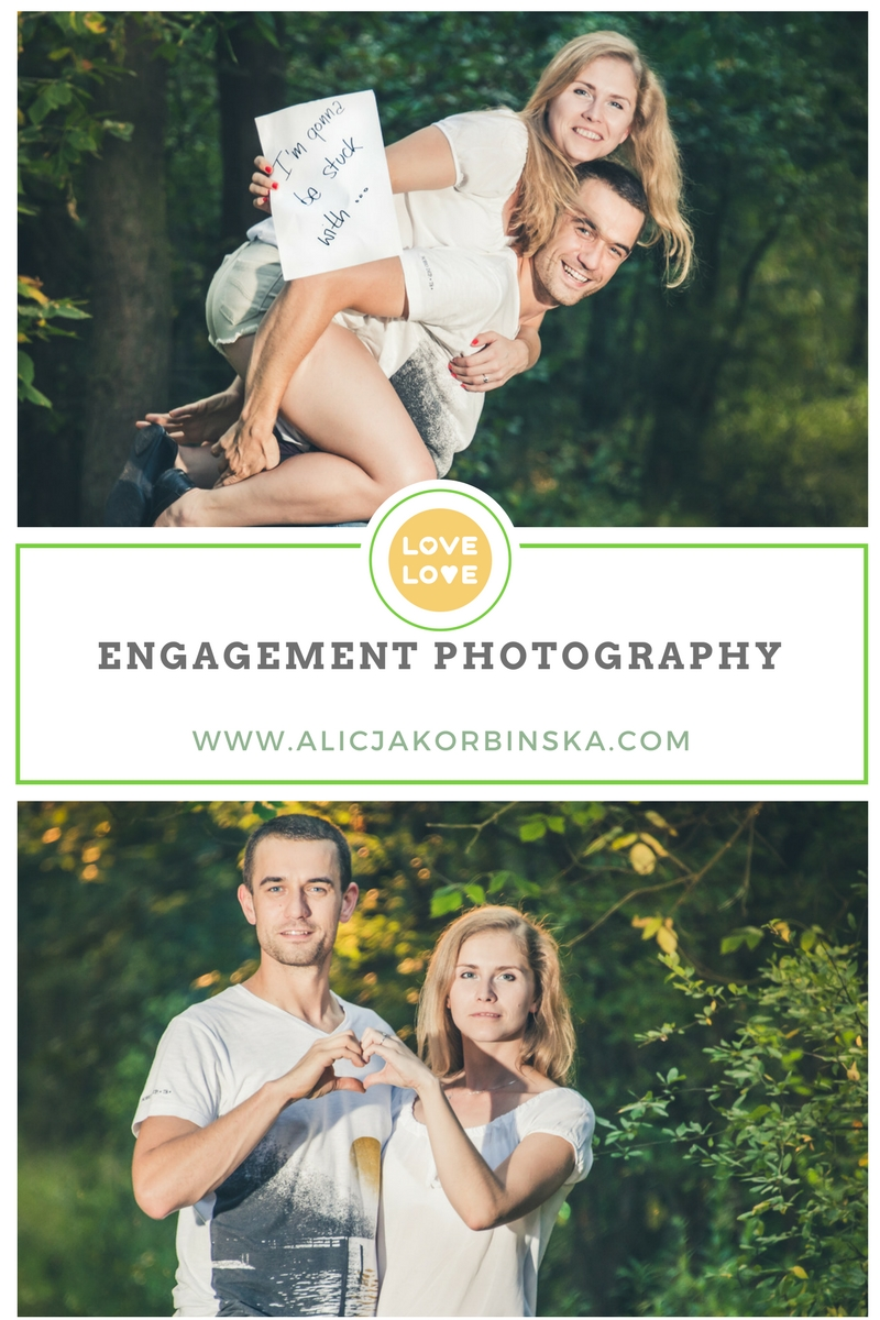 Engagement-poses
