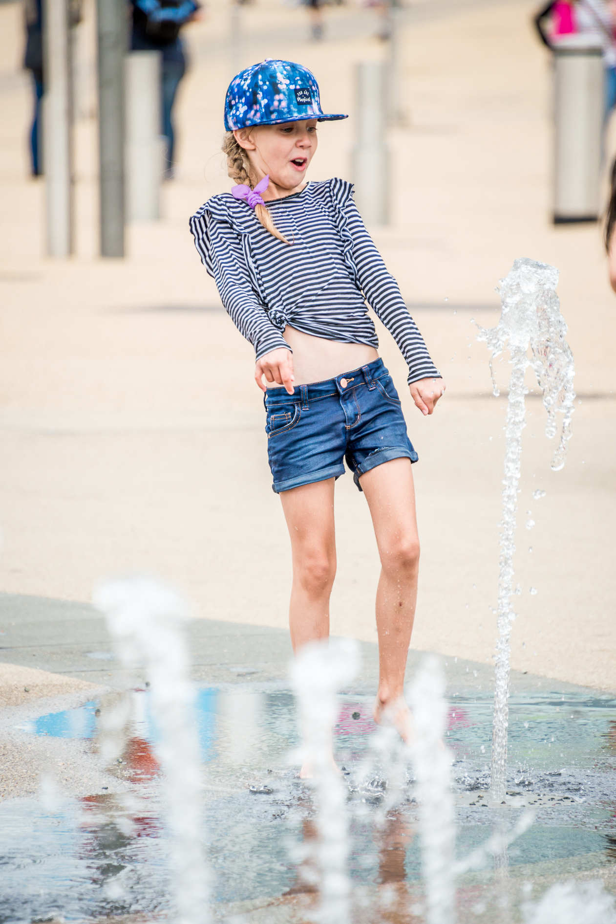 near-miss-fountain-kids-portraits