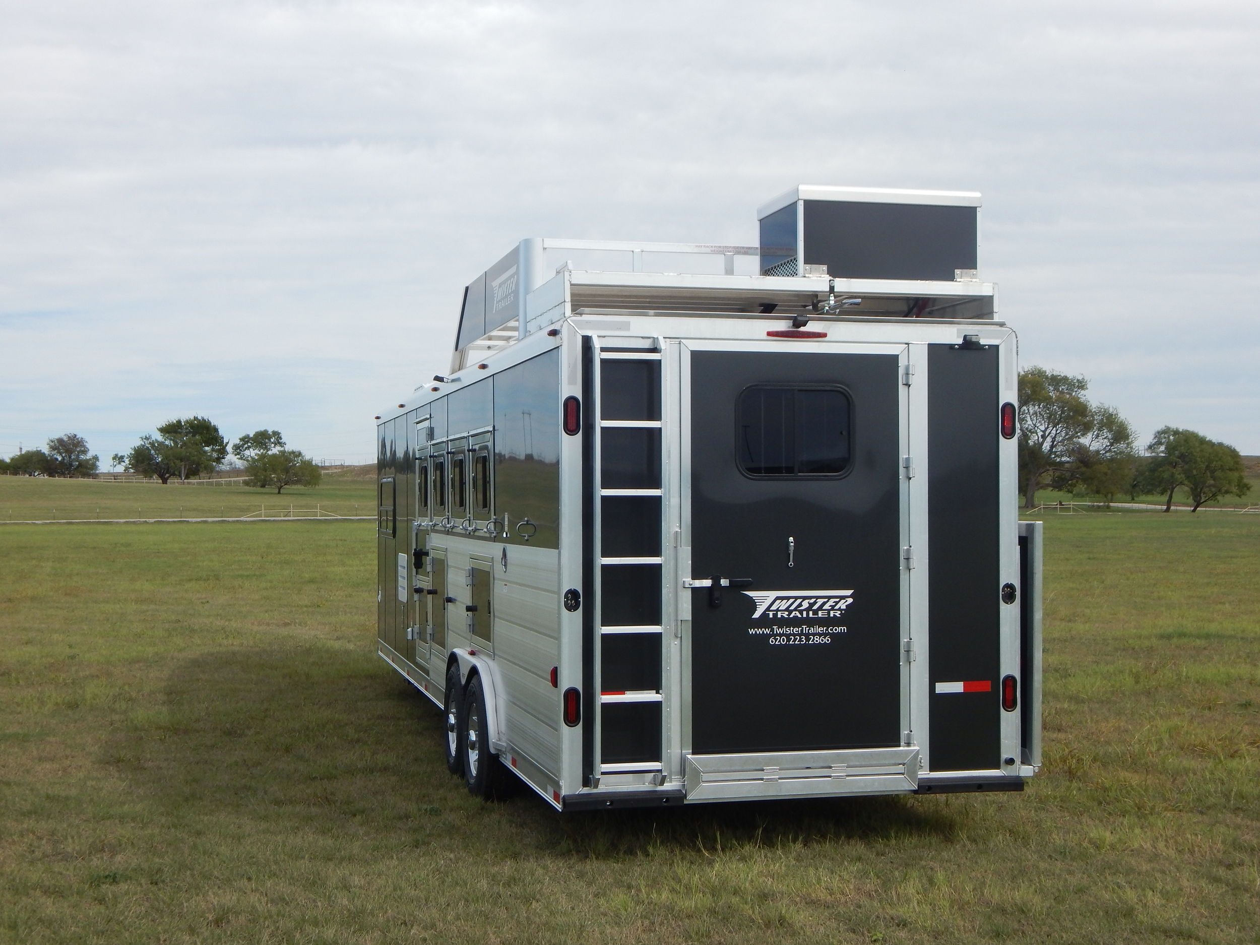 """Generator Rack w/ Cover<a href=""""/area-of-your-site"""">→</a><strong></strong>"""