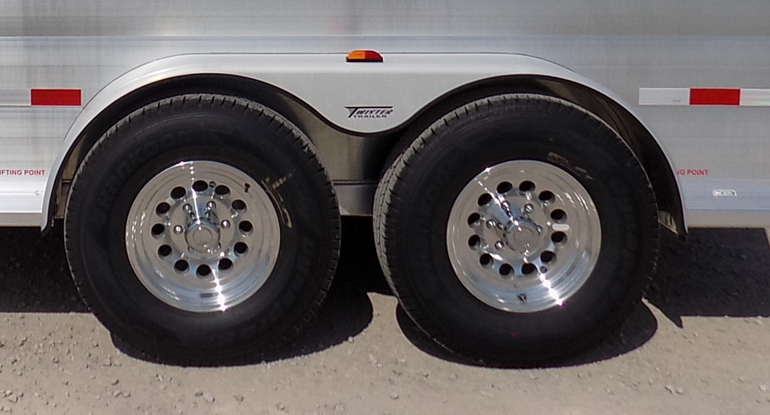 "17.5"" Aluminum Rims<a href=""/area-of-your-site"">→</a><strong></strong>"