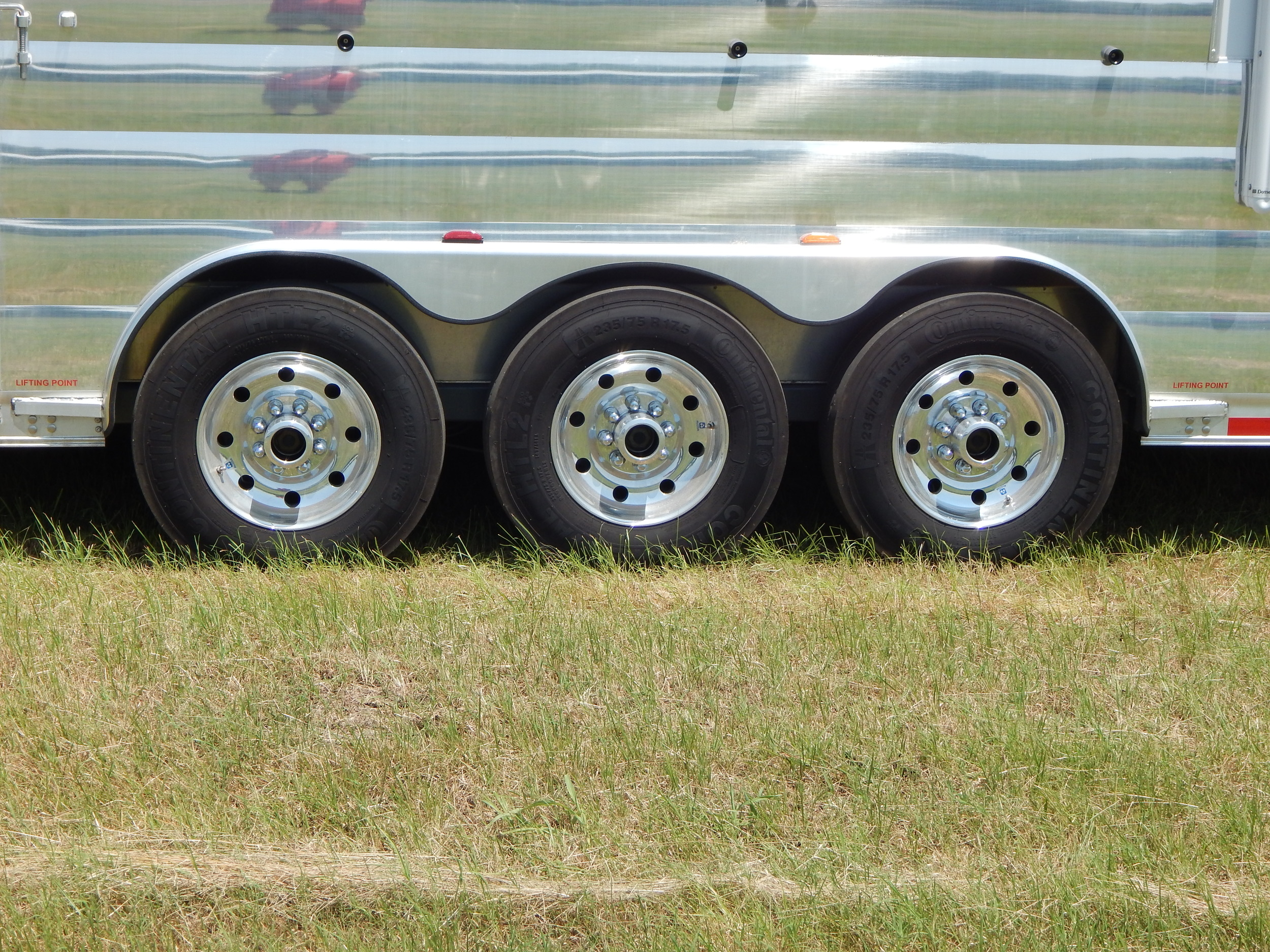 "17.5"" Alcoa Rims w/ 18 ply Tires<a href=""/area-of-your-site"">→</a><strong></strong>"