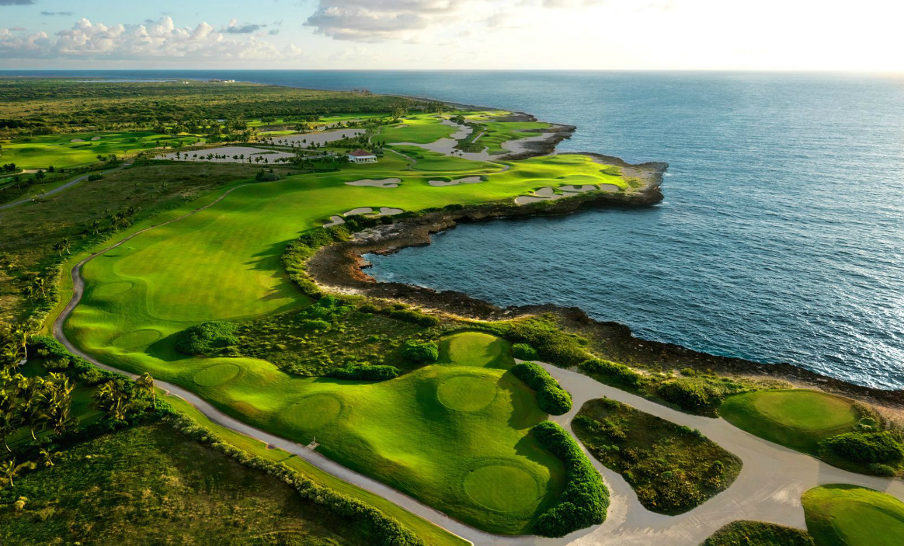 golf courses - There are plenty of scenic golf courses all over Punta Cana. Ask us about them and we can give you all the information you may need.