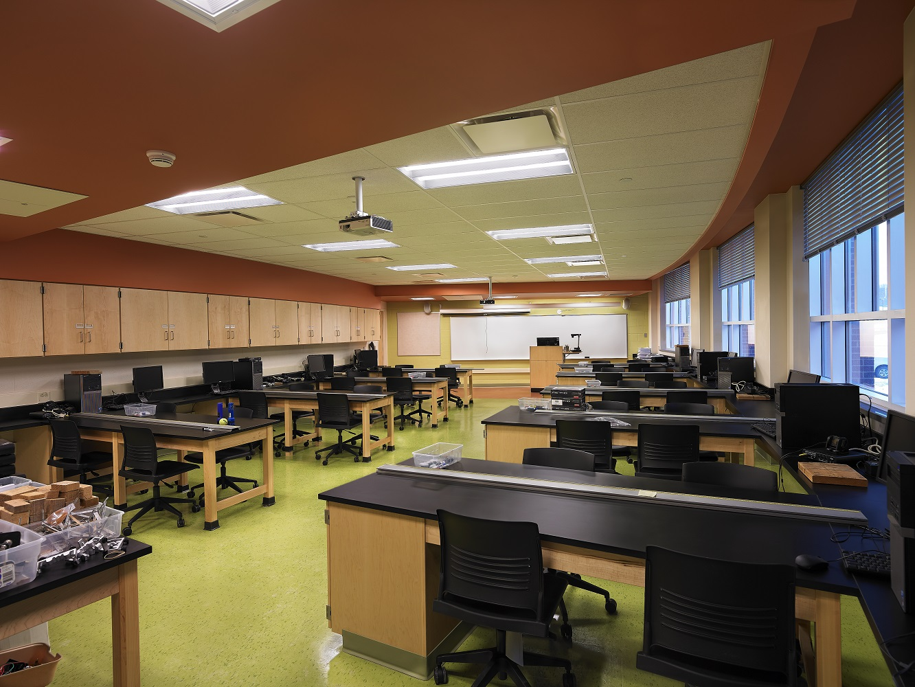 Interior - Mechcanical Classroom.jpg