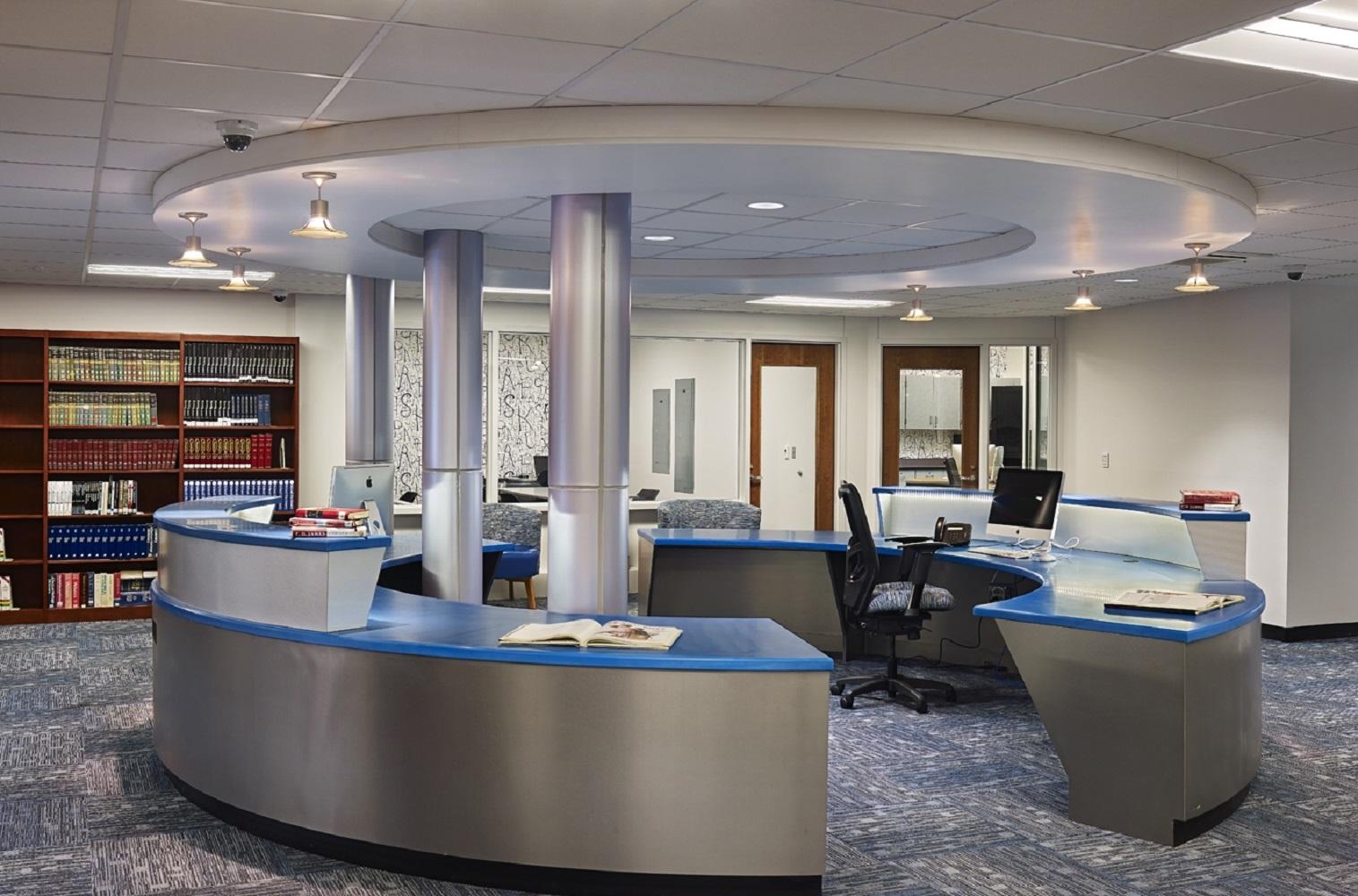 Interior - Center Desk Focus.jpg