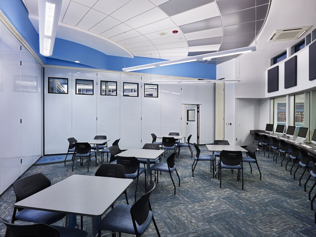 Interior - Lounge Area.jpg