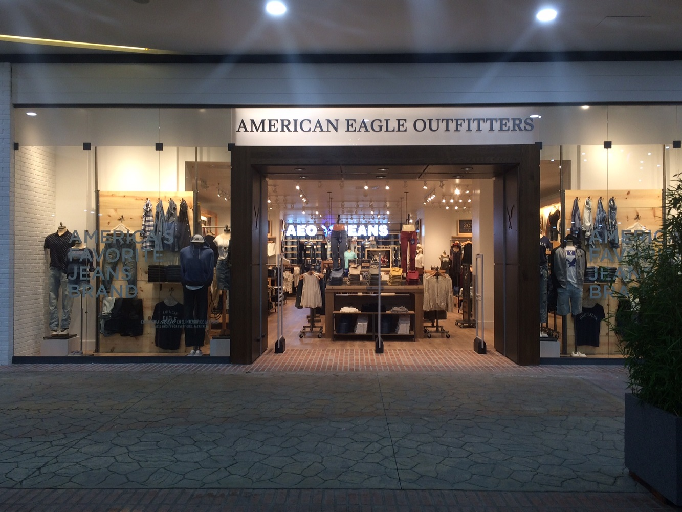 Exterior - Store Front.jpg