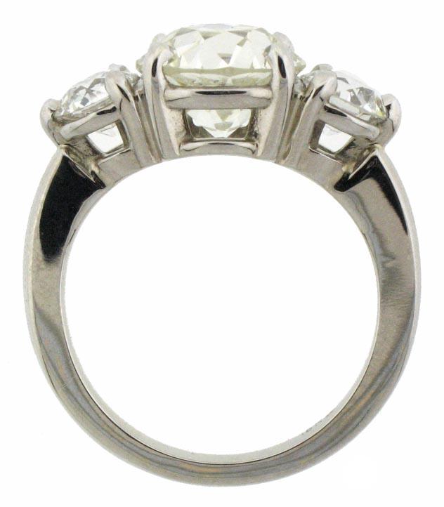 4.09ct-total-weight-diamond-ring.jpg