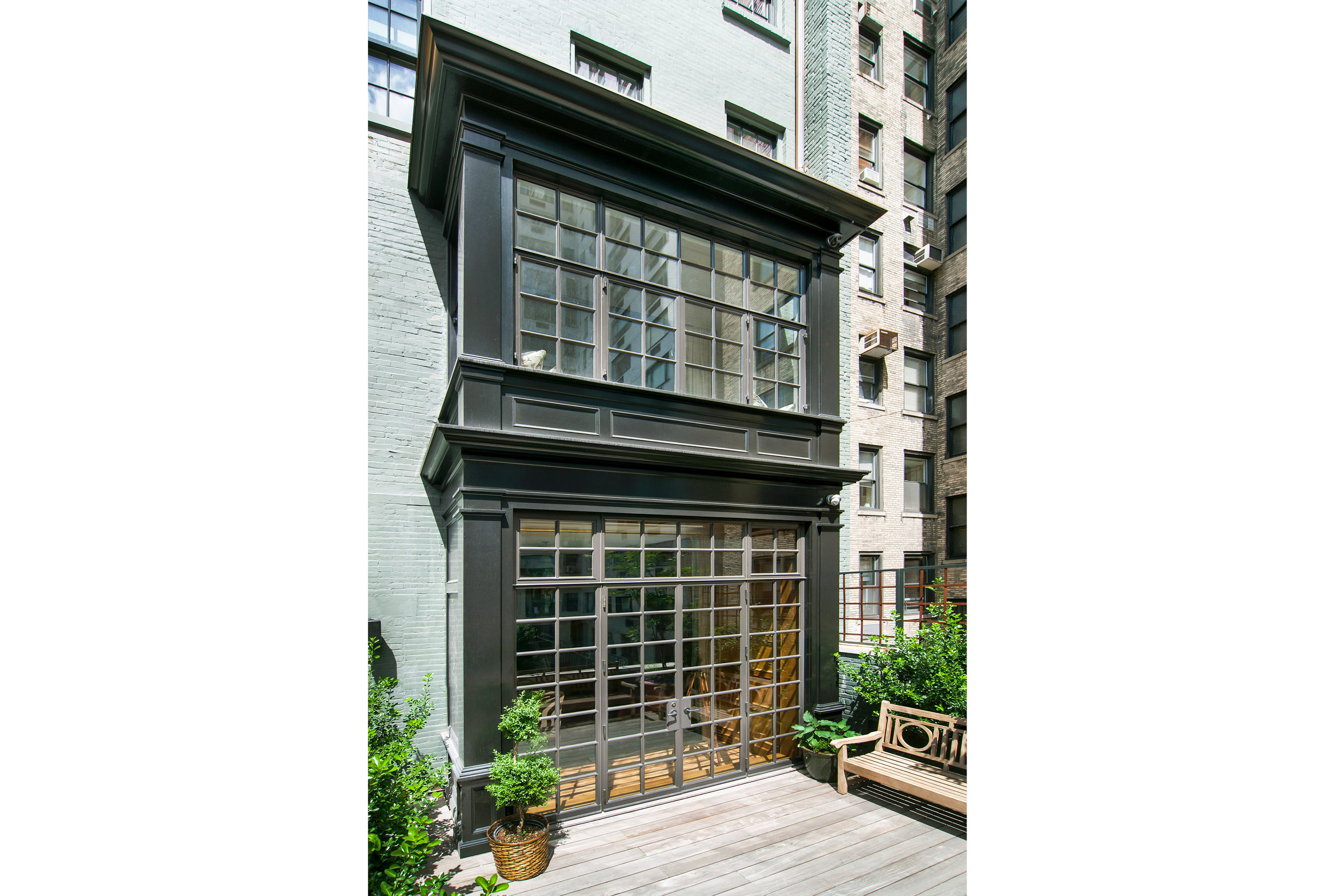 9b.TownhouseUES.jpg