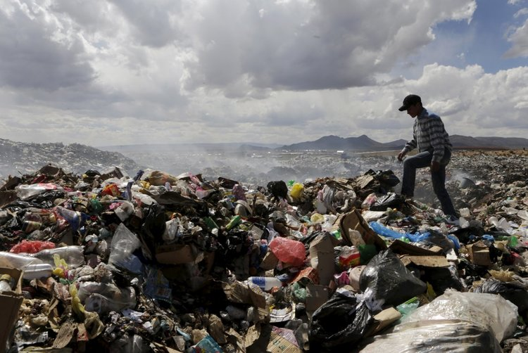 Photo above from http://www.techinsider.io/bolivian-student-makes-wall-e-from-trash-2015-12