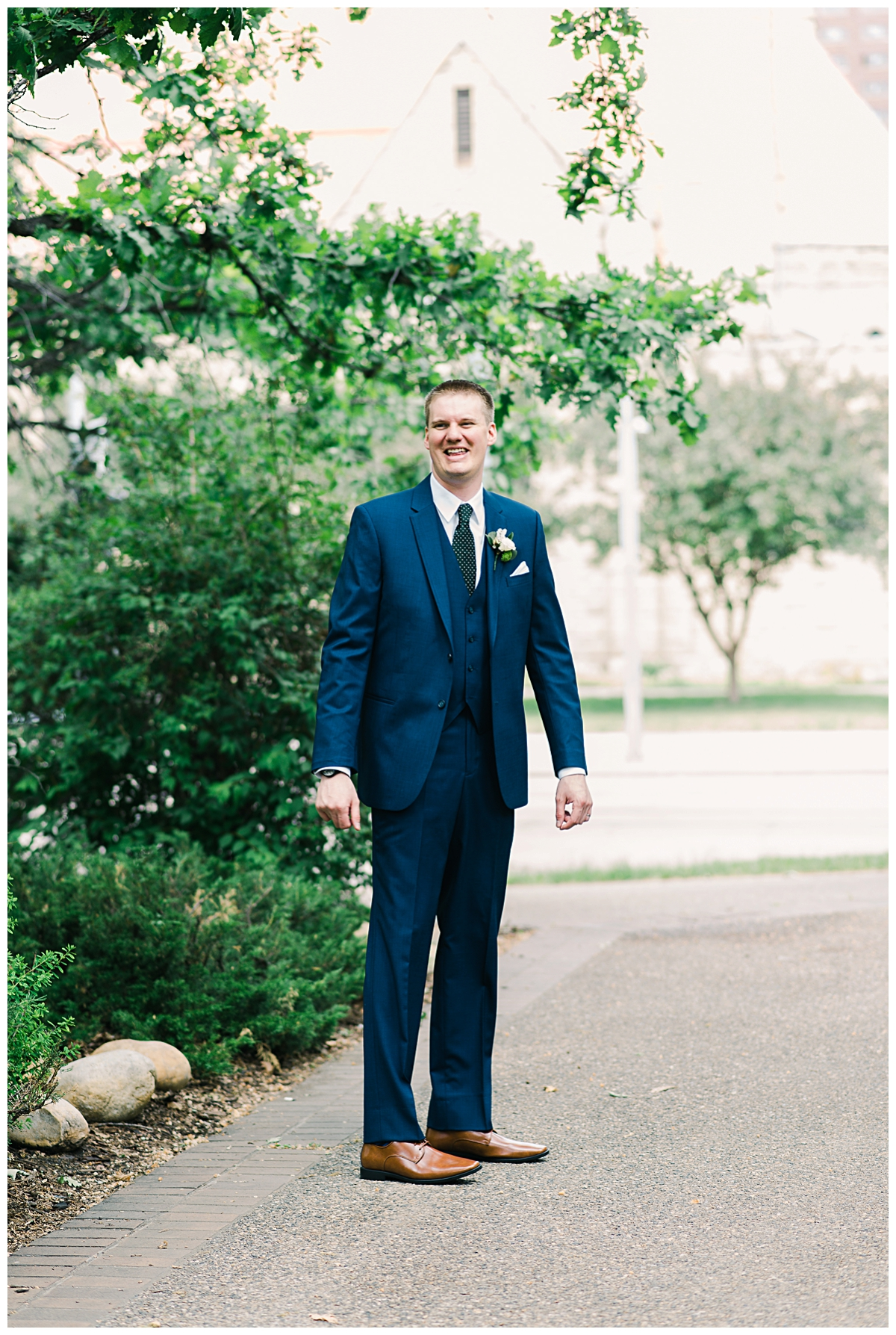 Calgary_Wedding_photographer (11 of 185).jpg