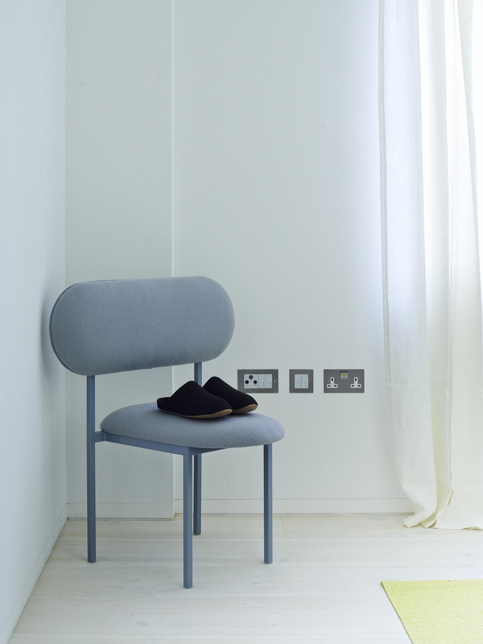 Small bedroom 2.jpg