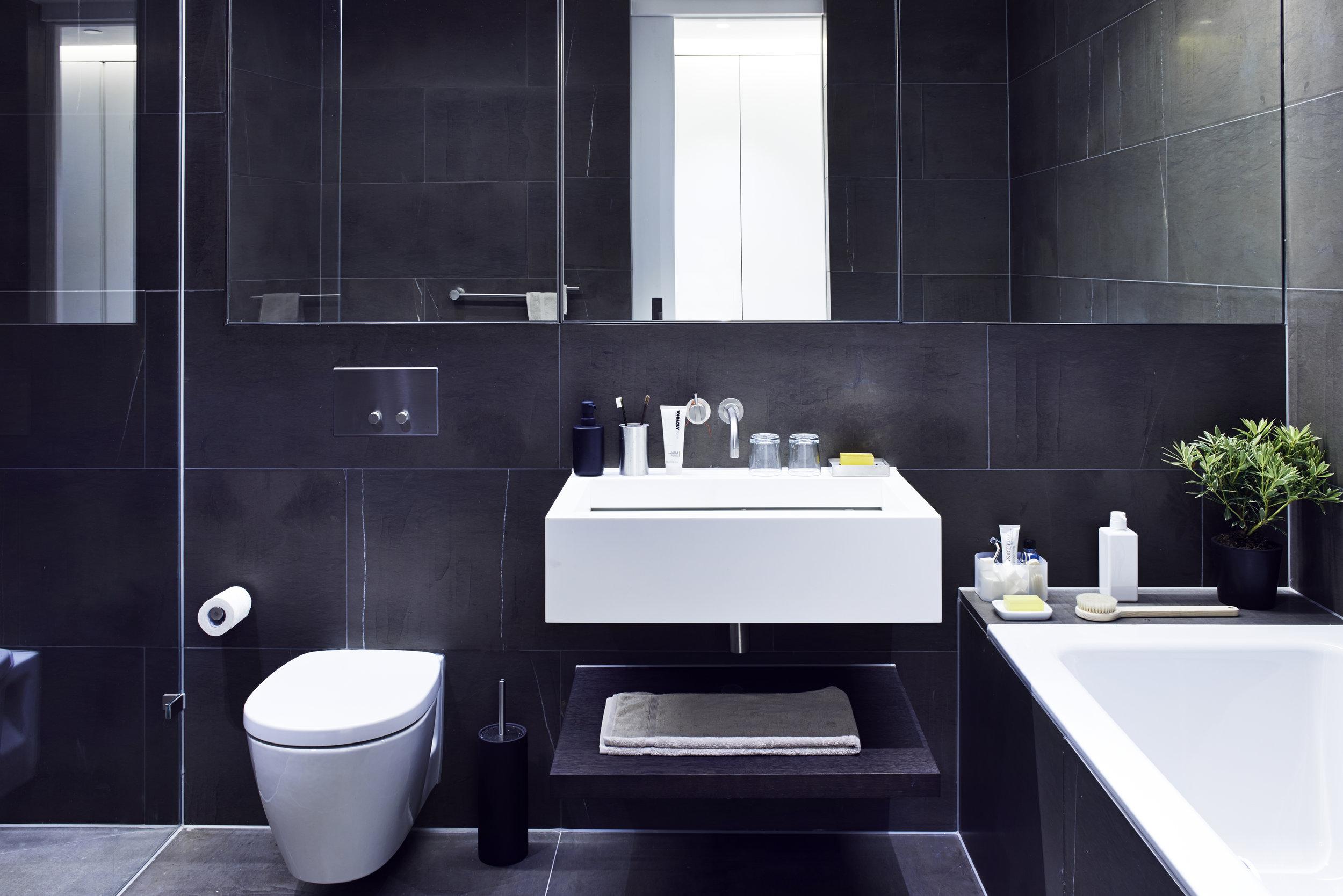 Bathroom 1 1 .jpg