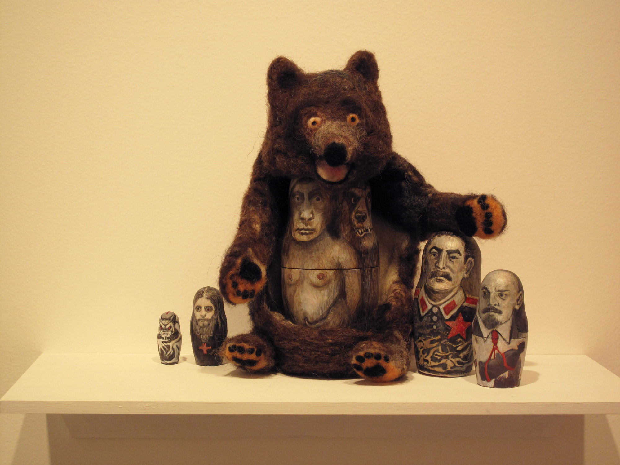 2be(3) - Bear (T)hugs, installed at HG Gallery, 2015.jpg