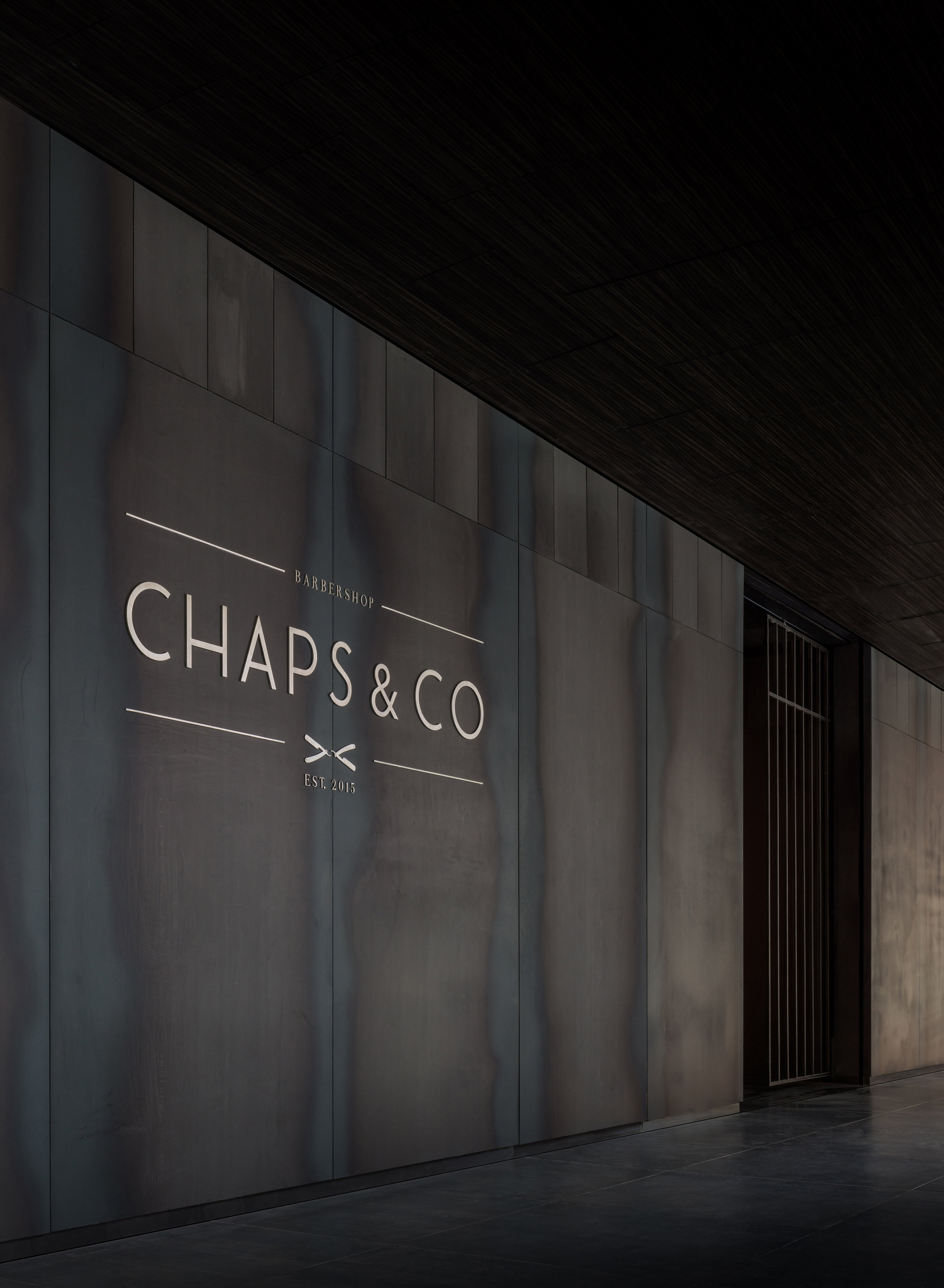 Chaps & Co-d3-Dubai-Barbershop-Shopfront-Steel-Design-Interior-Architect.jpg