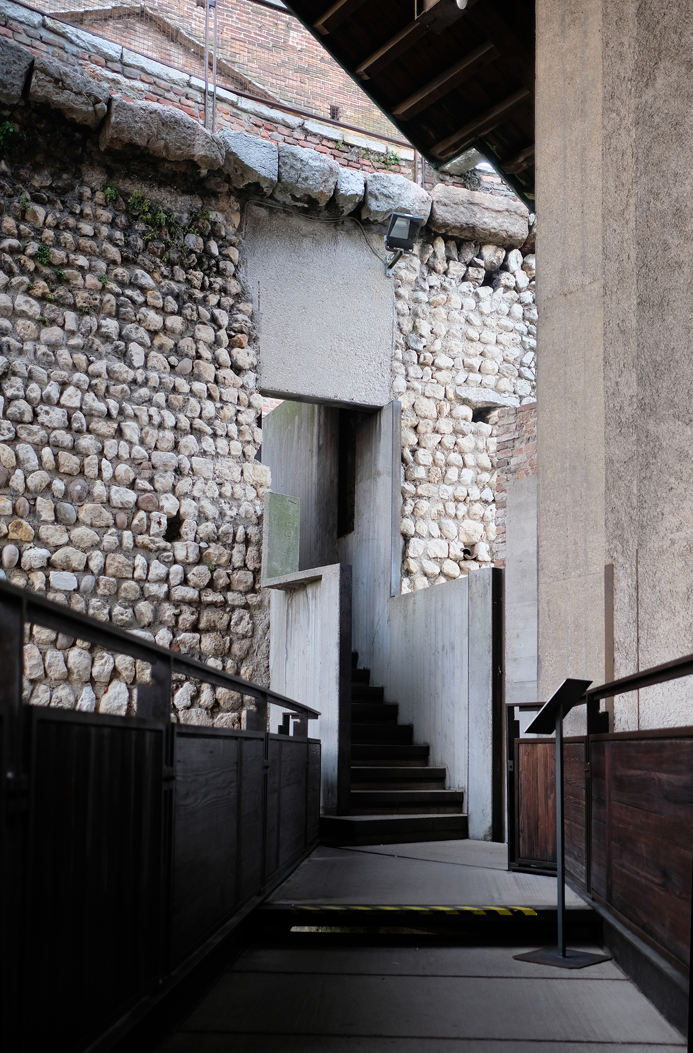 NEWS  Christmas trip to Verona and Venice where we explored the wonderful and intricate works of Carlo Scarpa.