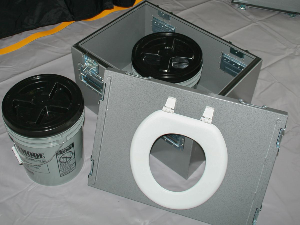 ToiletInABox.jpg