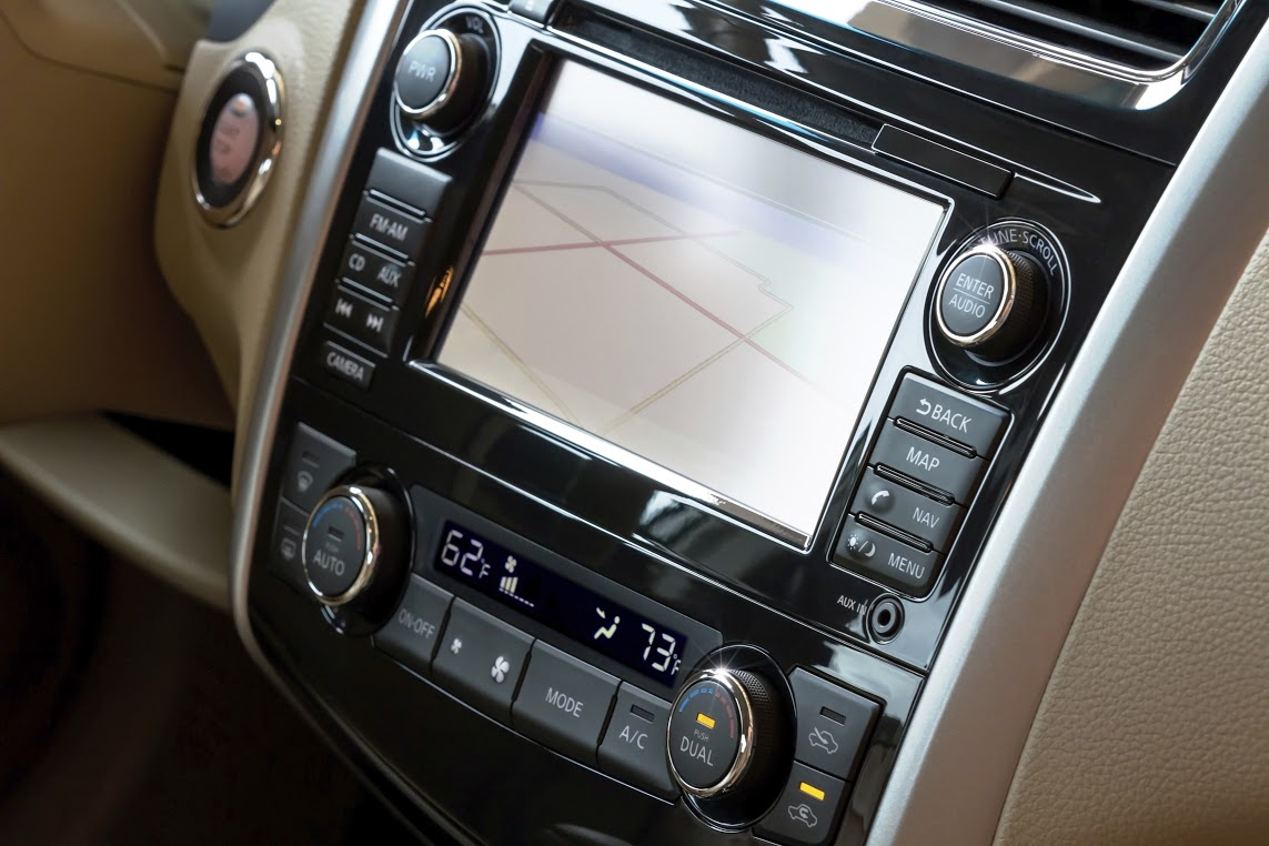 audio-installation-stereo-pacific-beach-qwik-auto-center