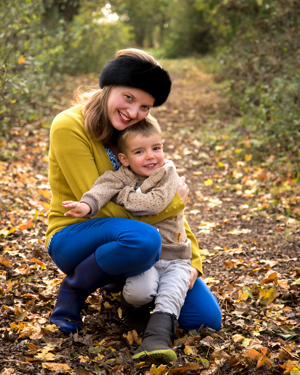 Family_photography_Ely_Cambridgeshire-mum_and_son_ely_country_park.jpg