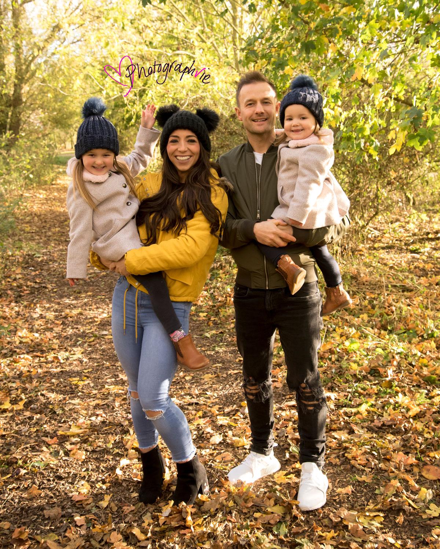 Autumn leaves mini photoshoot ely cambridgeshire family photos baby photographer near me (4).jpg