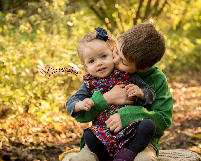 Autumn leaves mini photoshoot ely cambridgeshire family photos baby photographer near me (7).jpg