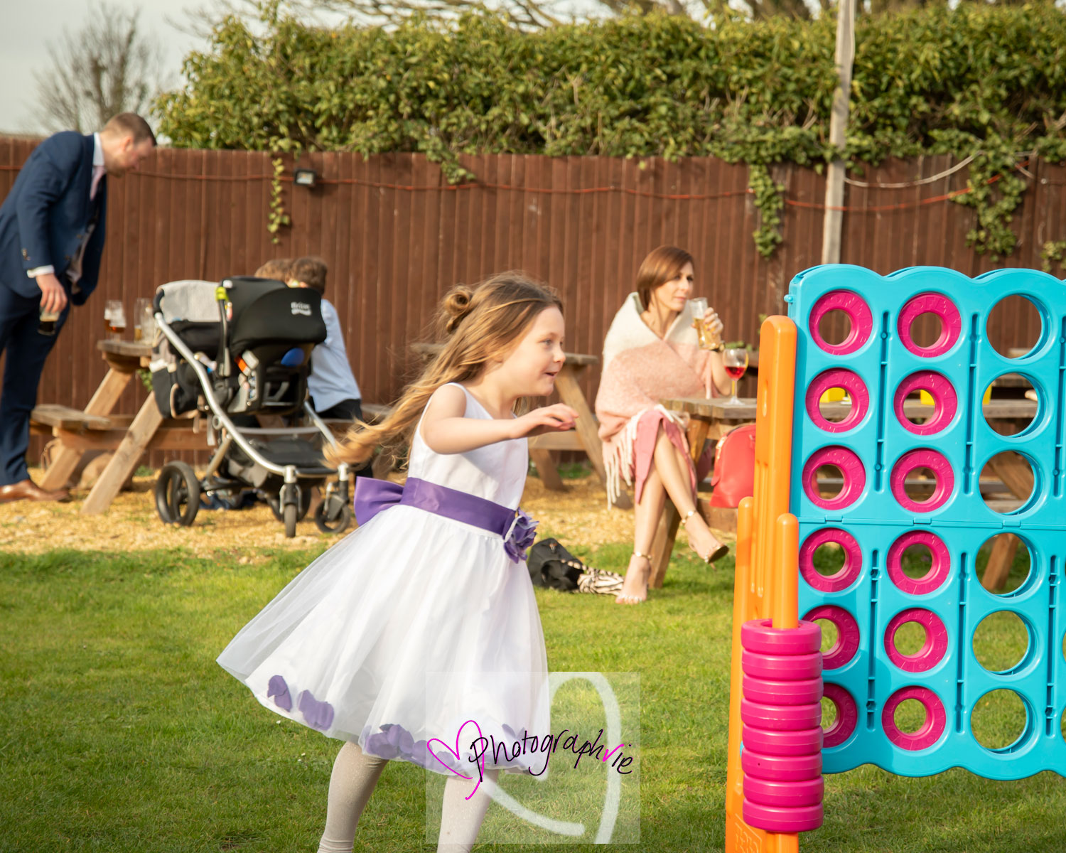 children playing outdoors at ely wedding in Soham wedding photography by vicki newman CB6