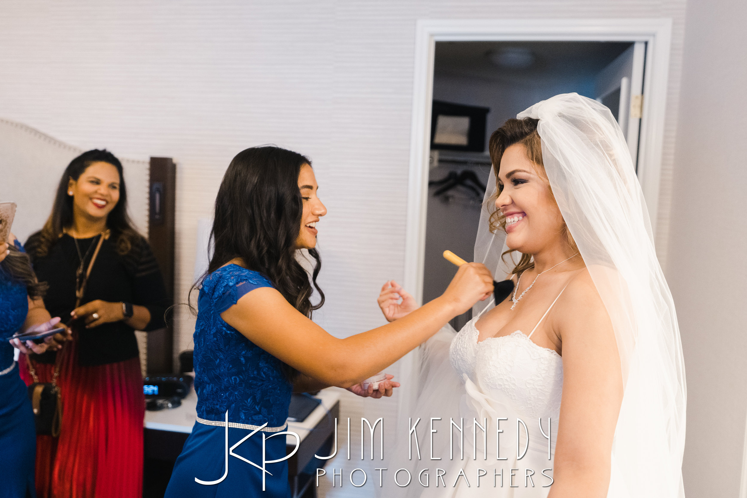 hyatt-huntington-beach-wedding_0032.JPG