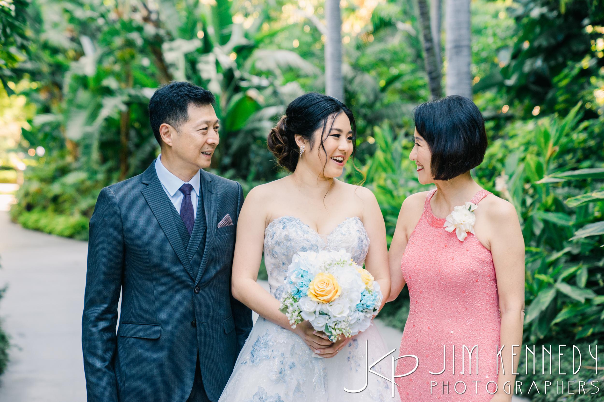 Disney-Rose-Court-Garden-Wedding_0035.JPG