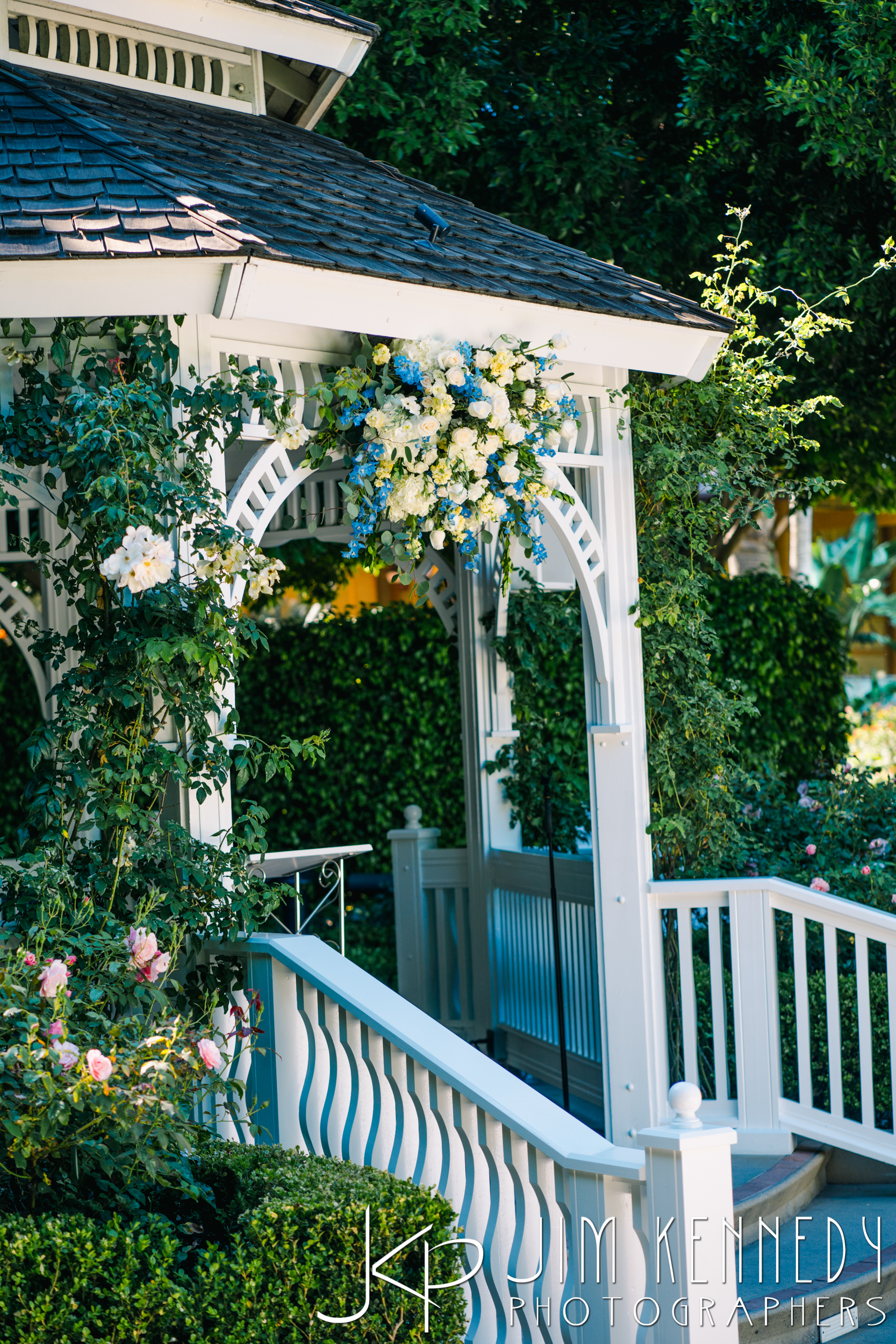 Disney-Rose-Court-Garden-Wedding_0061.JPG