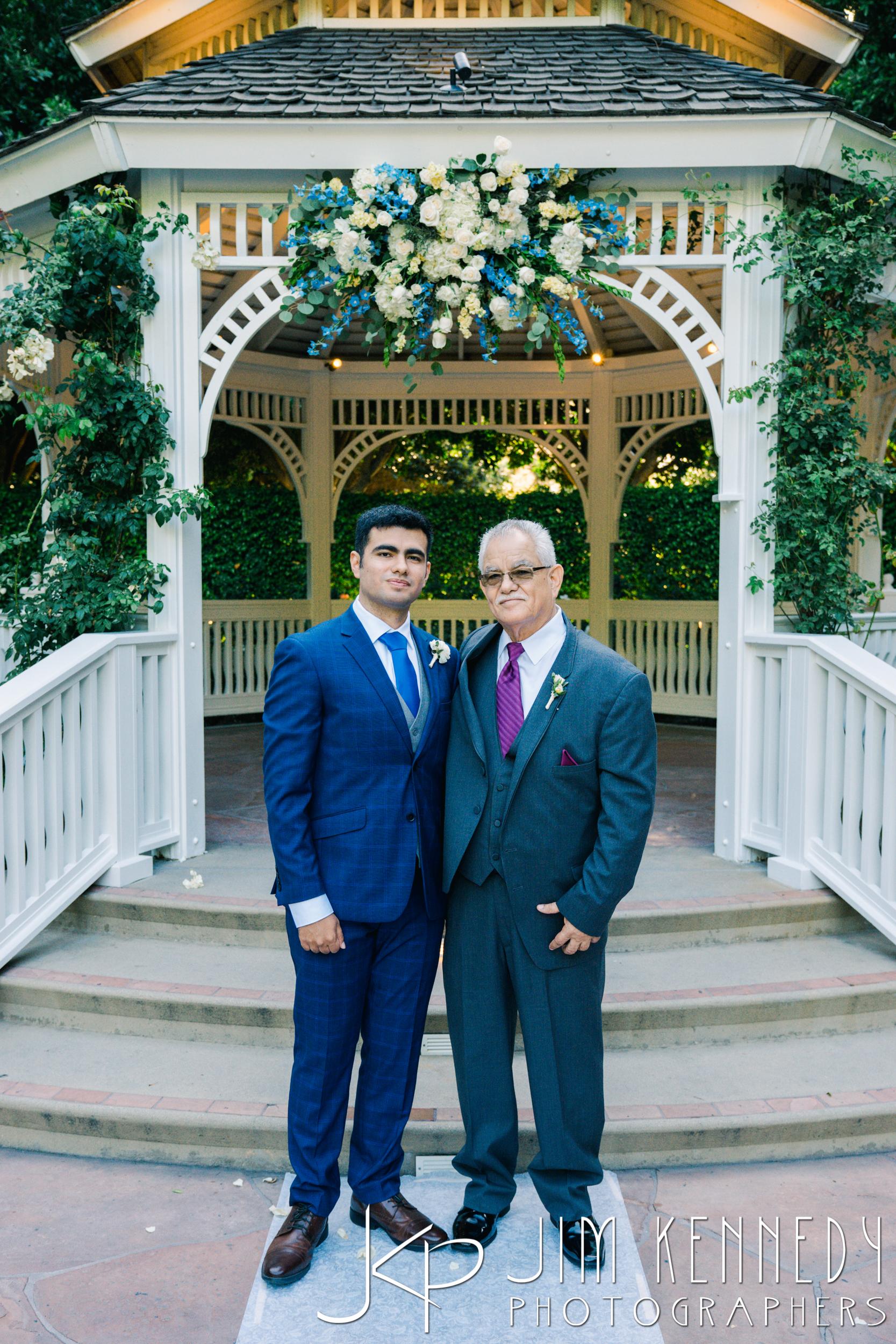 Disney-Rose-Court-Garden-Wedding_0104.JPG