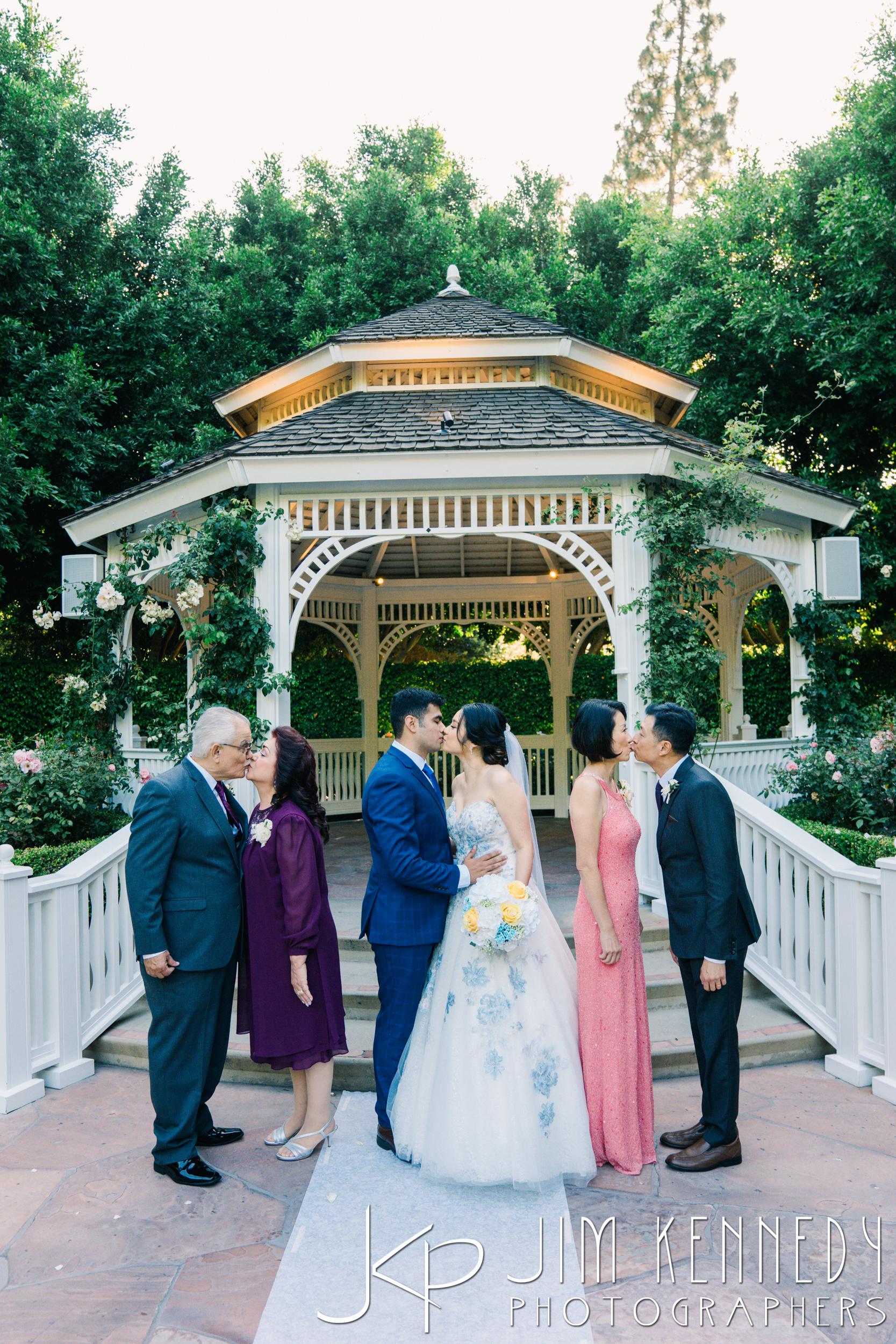 Disney-Rose-Court-Garden-Wedding_0105.JPG