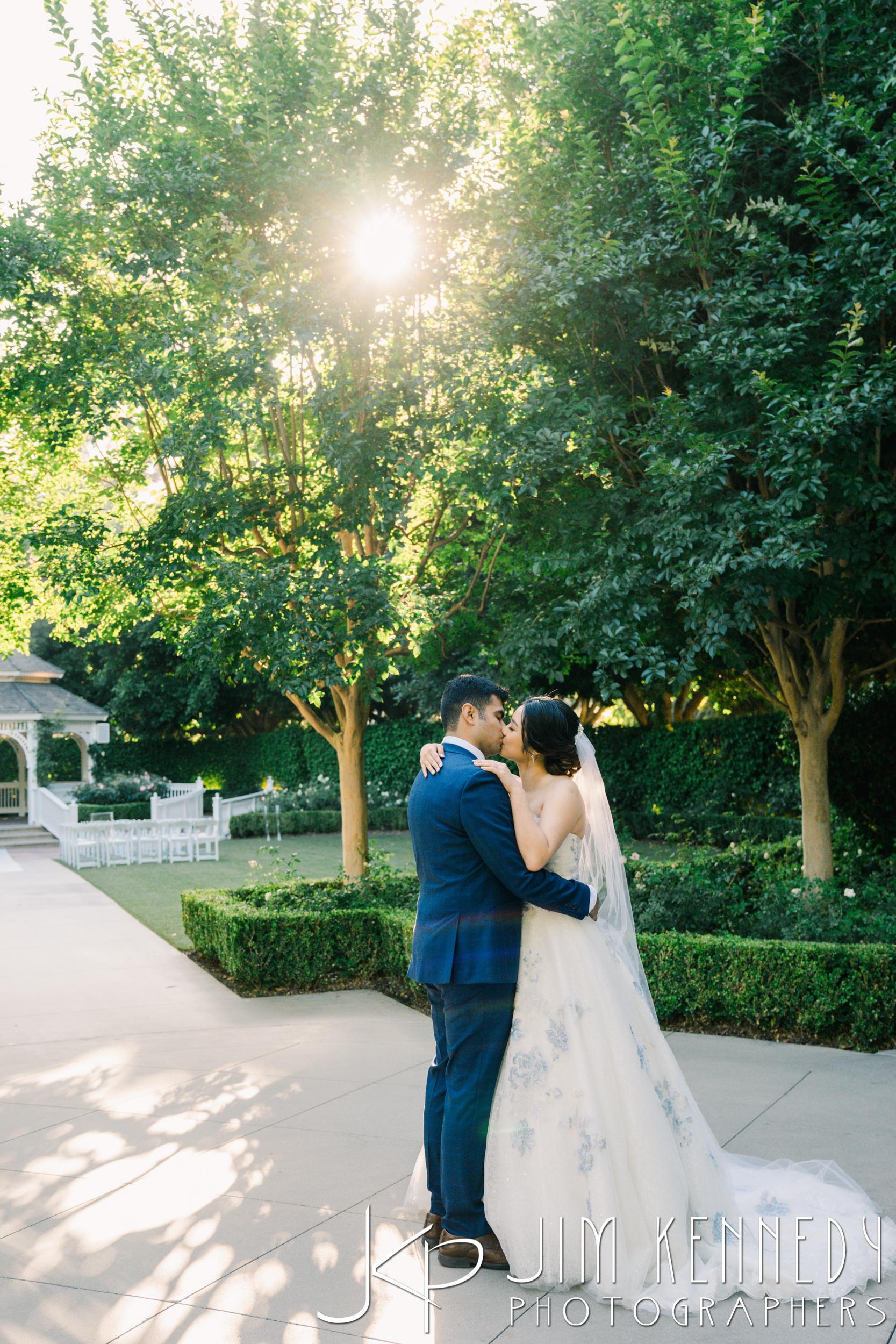Disney-Rose-Court-Garden-Wedding_0114.JPG
