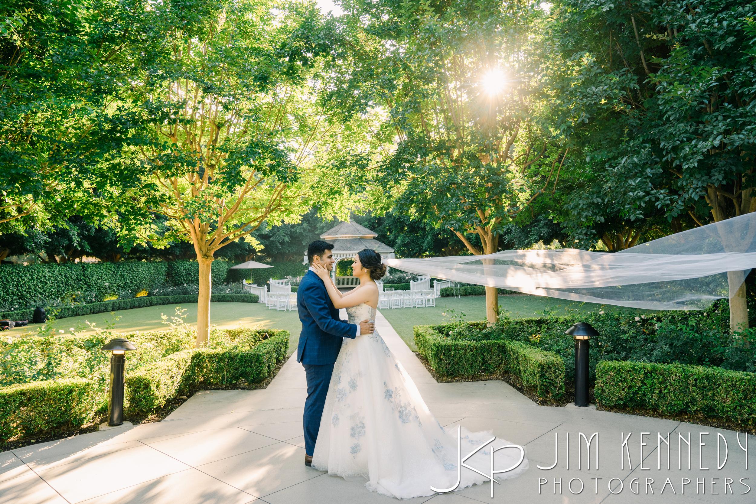 Disney-Rose-Court-Garden-Wedding_0115.JPG