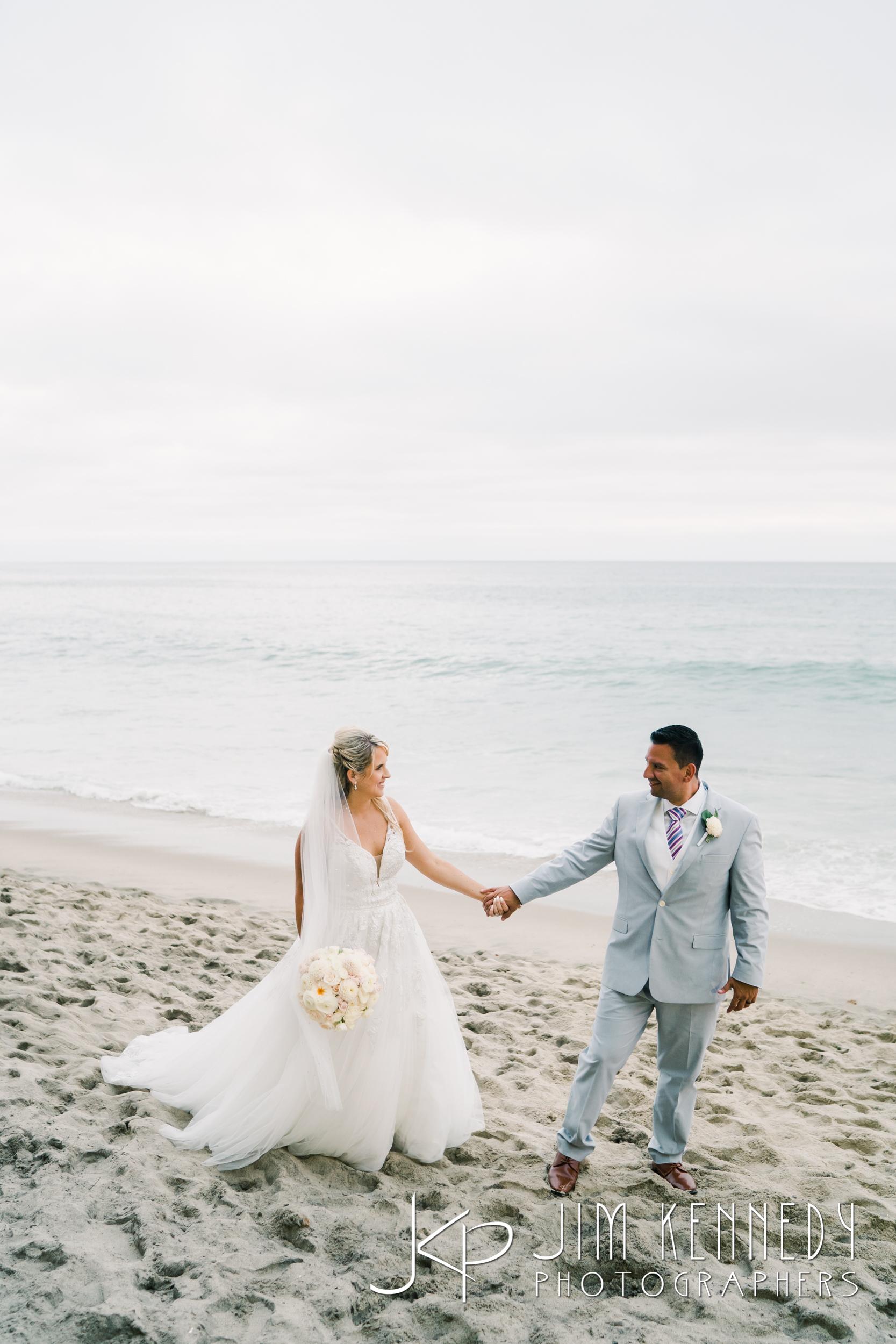 surf-and-sand-wedding-0177.jpg