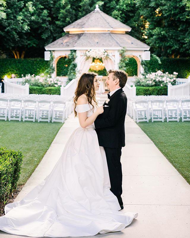 Disney Wedding Perfection ✨ Congratulations Lyndsay & Josh 💕 photo by @jkp_megan