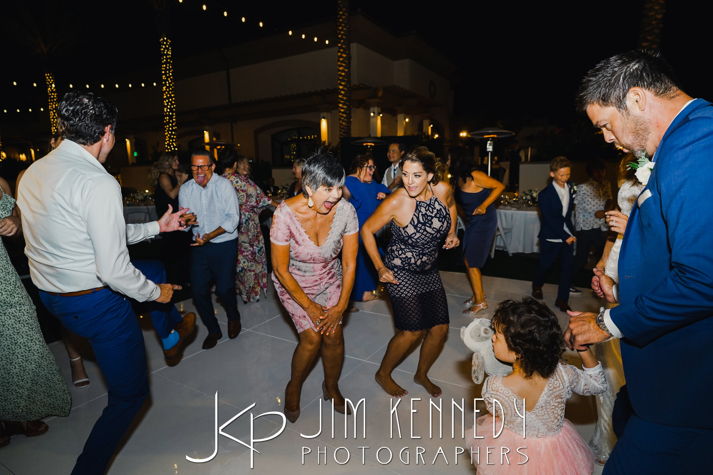 waterfront-hilton-wedding-jim-kennedy-photographers_0192.JPG
