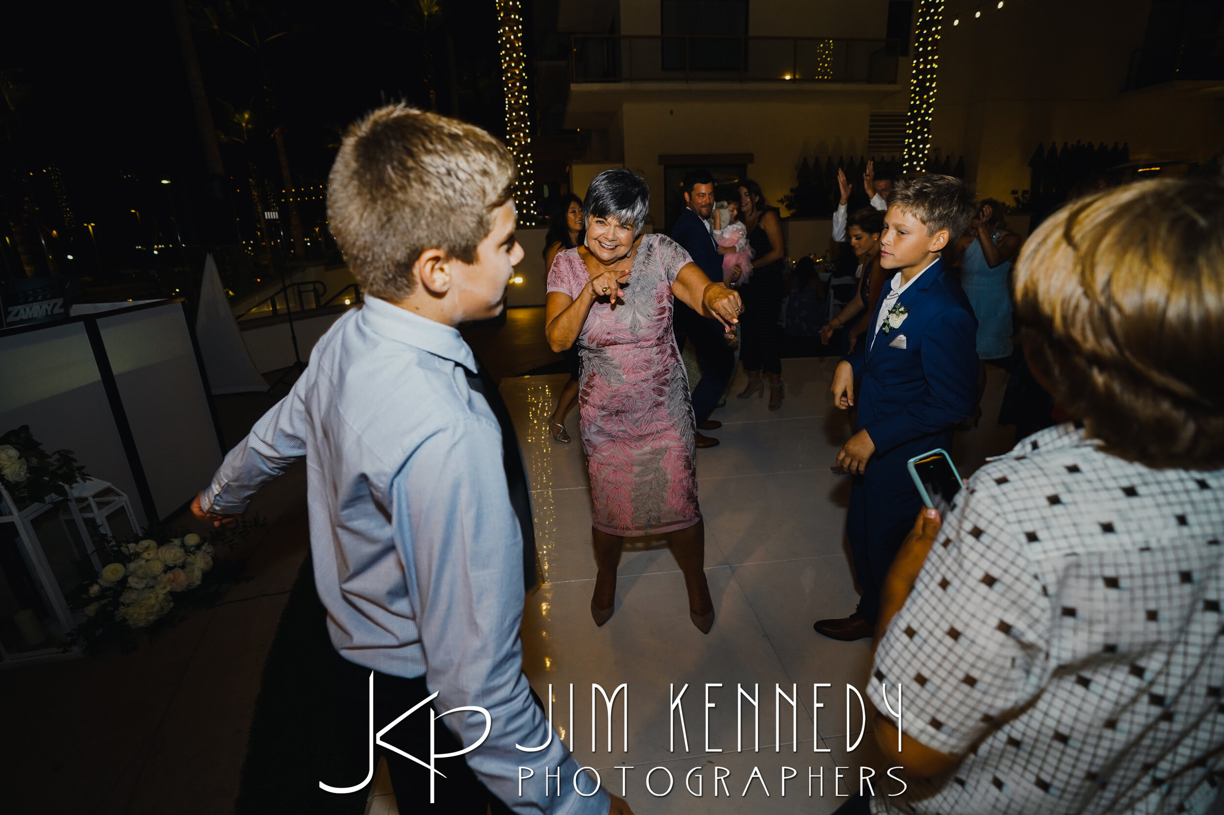 waterfront-hilton-wedding-jim-kennedy-photographers_0199.JPG