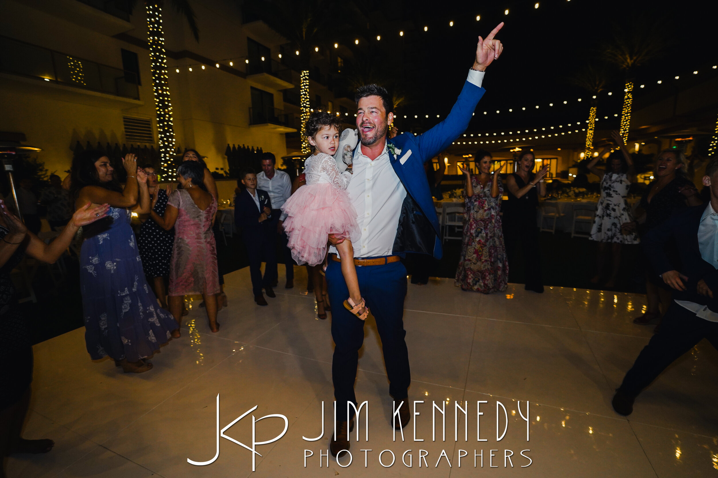 waterfront-hilton-wedding-jim-kennedy-photographers_0202.JPG