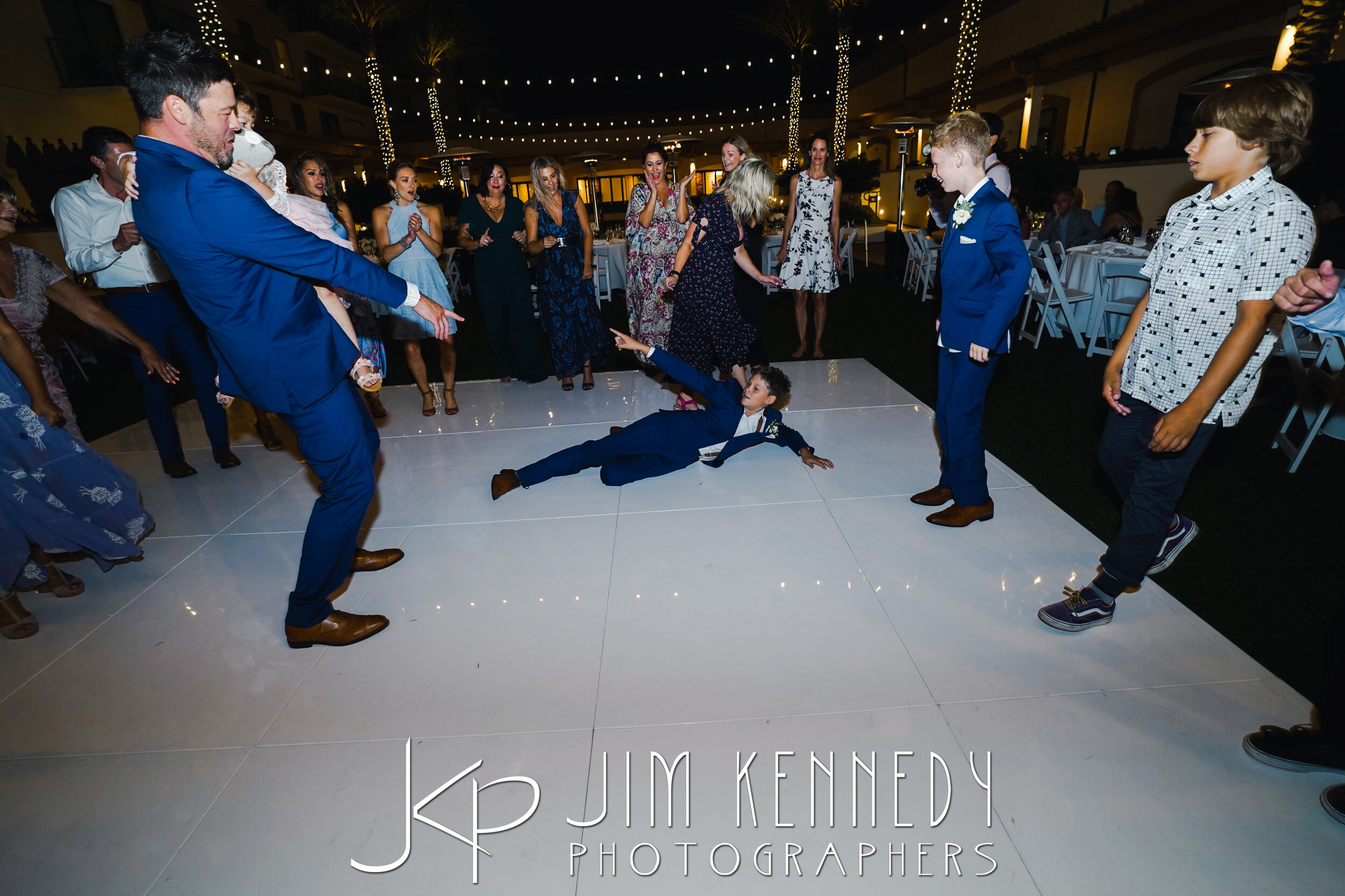 waterfront-hilton-wedding-jim-kennedy-photographers_0204.JPG