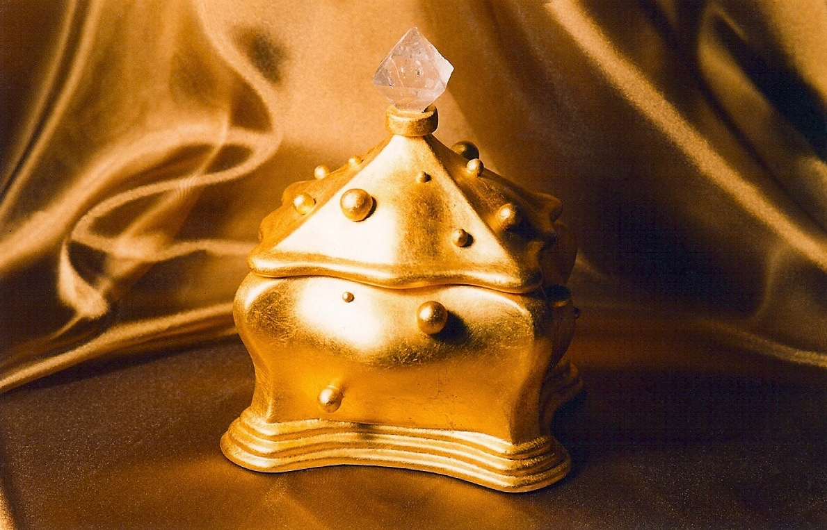 Coffin & King - Gilded Box with Balls, crystal finial, cast stone, 23 kt. gold leaf, 1990s