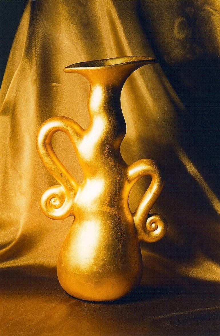 Coffin & King - Gilded Vase, ceramic, 23 kt. gold leaf, 1990s